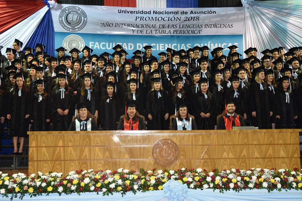FCQ-UNA gradúa a profesionales en las ciencias químicas